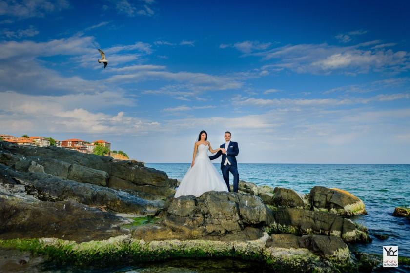 Сватбена морска фотосесия